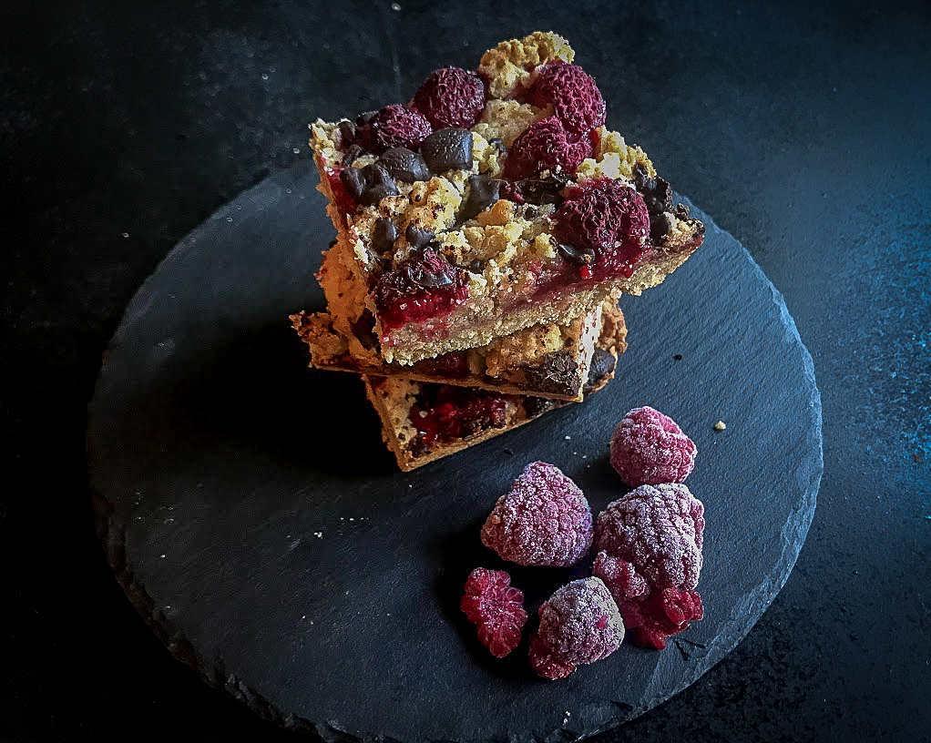 Raspberry & Dark Chocolate Oat Bars